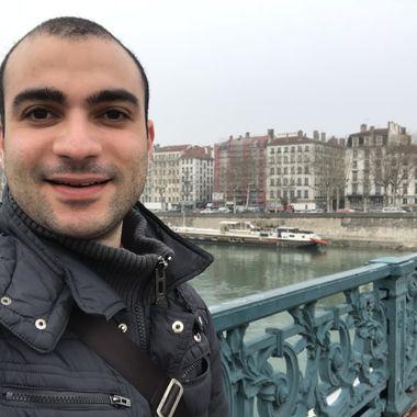 dating arab british men