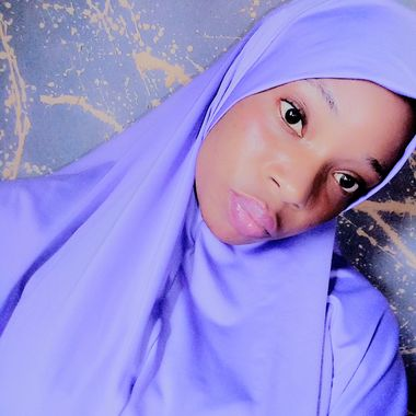 Cauta? i Fundom Muslim Girl)