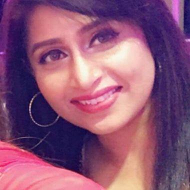 Pakistani Women - Meet Women from Pakistan - LoveHabibi