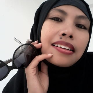 Care sunt diferenţele dintre vălurile islamice purtate de femeile musulmane. Galerie FOTO